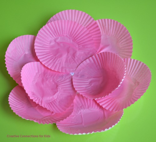 Cupcake Paper Flowers - putting papers in the middle