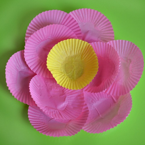 Cupcake paper flower - add a center to the flower